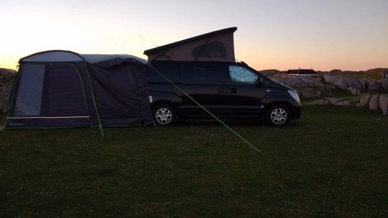 Fidden Farm : Campervan at sunset.