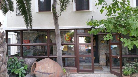 Hotel Kalehan Foto