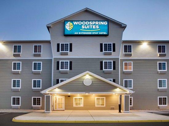 Entrance - Picture of WoodSpring Suites Manassas Battlefield Park I-66 - Tripadvisor