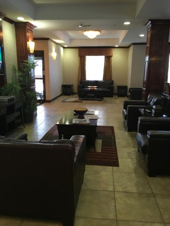 Duncanville, TX: Sitting area in dining area