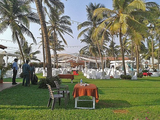 Hotel Goan Heritage: Wedding takeing over
