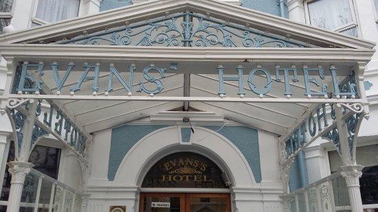 Evans Hotel: TA_IMG_20170517_151536_large.jpg