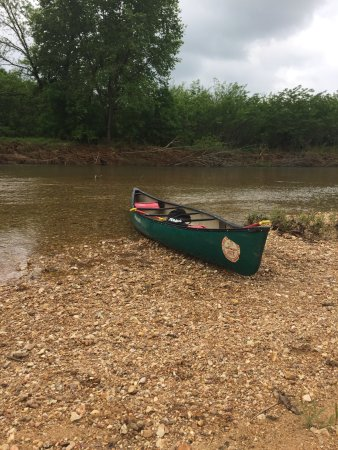 Steelville, MO: Canoe launch