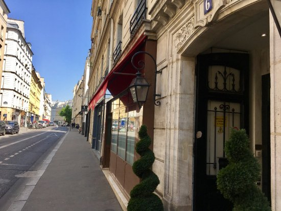 photo1.jpg - Picture of Hotel Turenne Le Marais, Paris - TripAdvisor