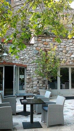 Le Boulou, Frankrijk: terrasse