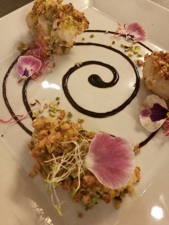 Civita Castellana, Włochy: Rana pescatrice in crosta di mandorle e  pistacchi