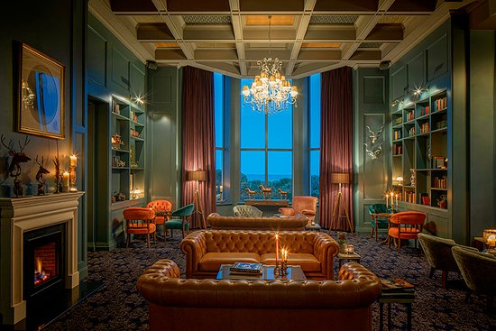Garryvoe Hotel: The library