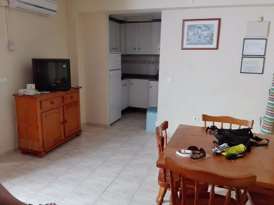 Apartamentos avenida benidorm espagne voir les tarifs - Hotel asiatico benidorm ...