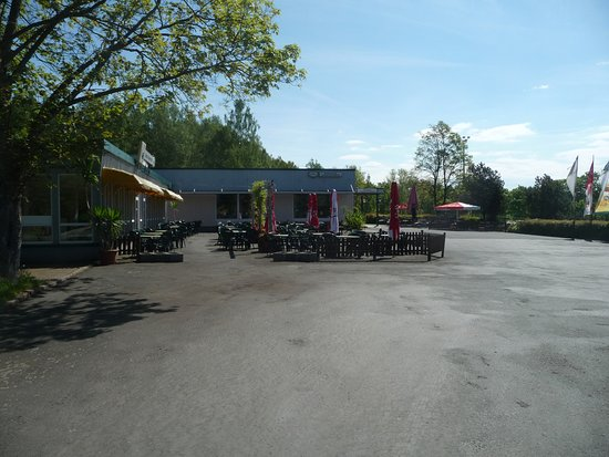 Poehl, Germany: Viel Platz auf der Terasse
