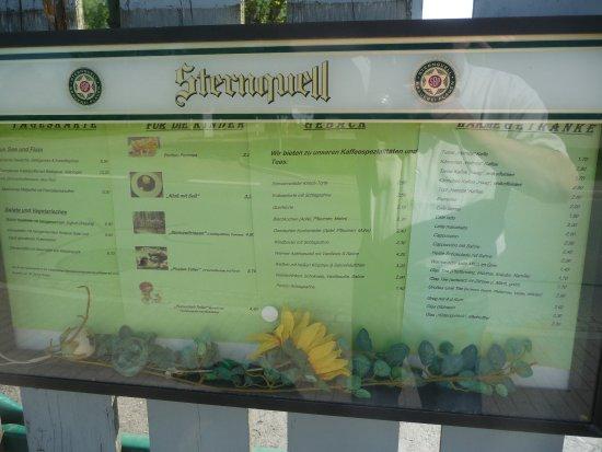 Poehl, Alemania: Ein Teil der Speisekarte. Warmes Essen gibt es auch