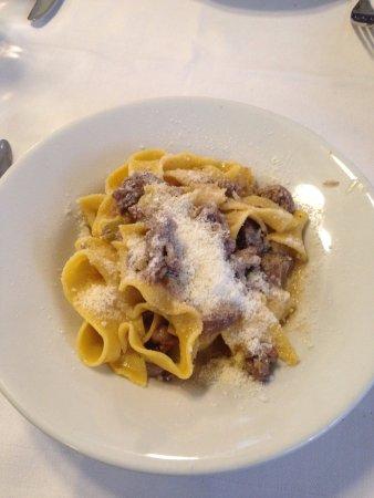 Pommidoro : Pappardelle al cinghiale (wild board sauce), so good!