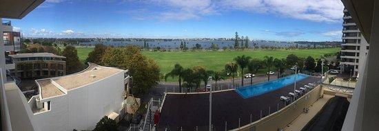 Crowne Plaza Perth: photo0.jpg
