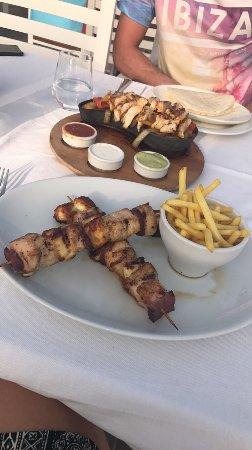 Aphrodite Restaurant: photo1.jpg