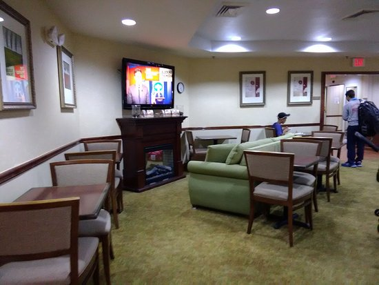 country inn suites by carlson macon north picture of country rh en tripadvisor com hk