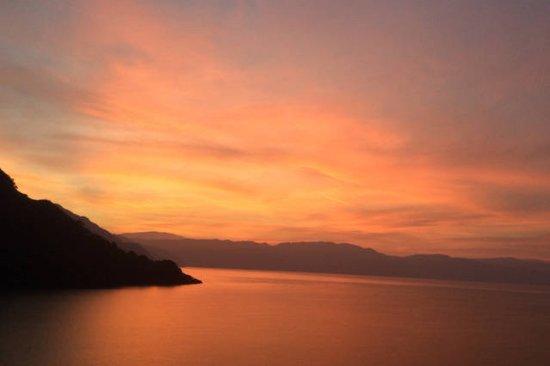 Lake Atitlan, Guatemala: Sunrise over Panajachel