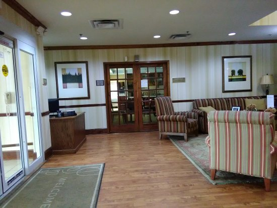 country inn suites by carlson macon north picture of country rh tripadvisor com