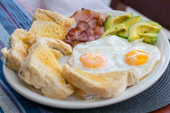 Lake Atitlan, Guatemala: Breakfast