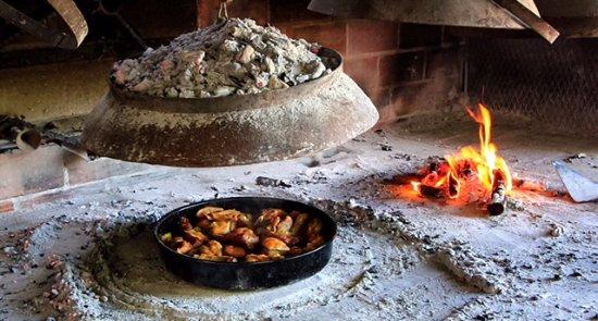 Podstrana, Croacia: Meat under the bell