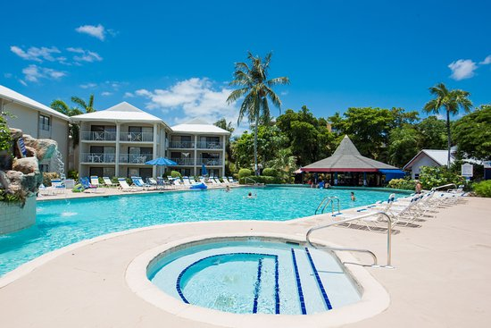 Sunset Cove, Hotels in Seven Mile Beach
