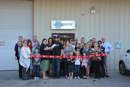 Granbury, TX: Narrow Escape Ribbon Cutting