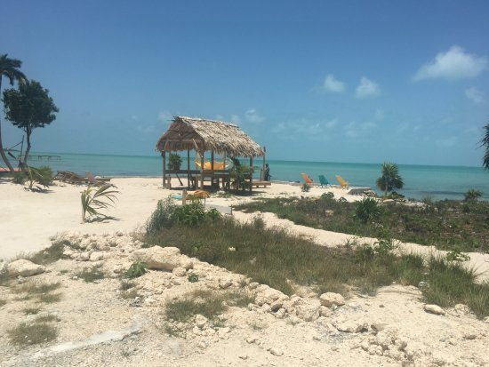 Ambergris Caye, Belize: Secret Beach from the Secret Beach Bar and Grill side