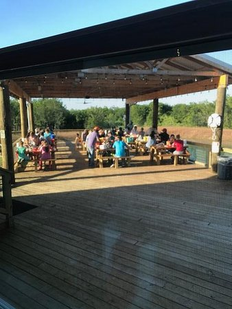 Robinson, TX: Outside Pier with seating