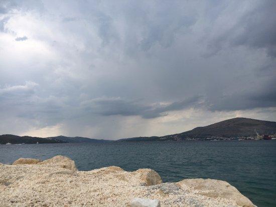 Okrug Gornji, Hırvatistan: Clouds