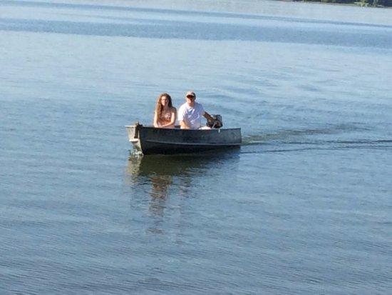 Park Rapids, MN: Resort boat and motor