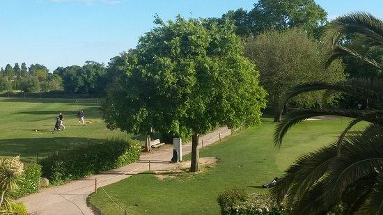 Baillargues, Francia: Le golf
