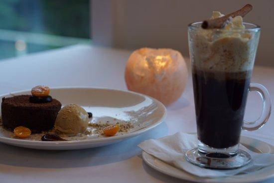 Halfmoon Bay, Canada: Divine dessert