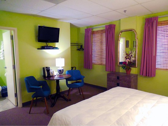 Independence, MO: King Room