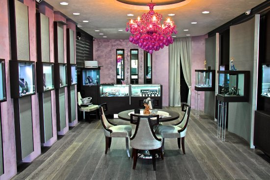 Sunny Isles Beach, FL: Luxury Watches & Jewelry Boutique