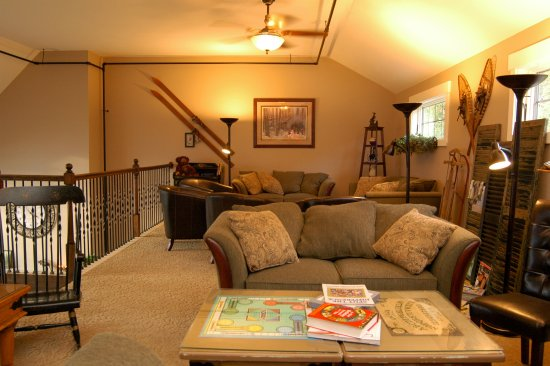 Bristol, NH: Games, cards, puzzles, magazines and books for your leisure during your stay.