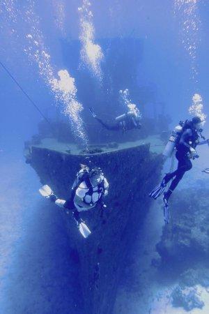Felipe Xicotencatl Shipwreck: C-53 Shipwreck. Great Dive!