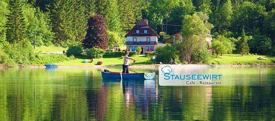 Sankt Margareten im Rosental, Österreich: Der Stausee, Freizeitvergnügen Fischen