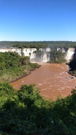 Cataratas del Iguazú: First view from the 3rd pit stop (bus stand)