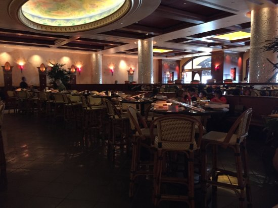Cheesecake Factory Los Angeles CA locations, hours, phone number, map and driving directions.