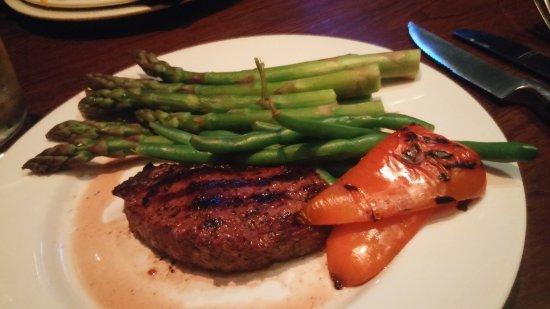 Coquitlam, Kanada: Excellent steak dinner