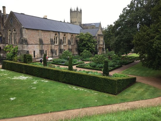 The Bishop's Palace and Gardens: photo5.jpg