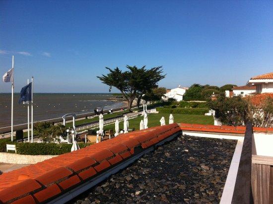 Hotel Le Richelieu : Vue sur la baie de la Flotte.