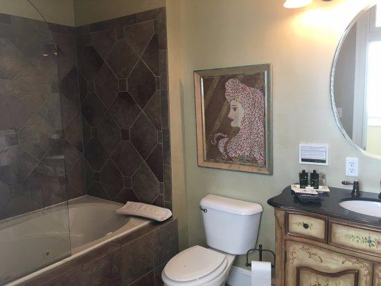 Meyersdale, PA: Caleb's bath