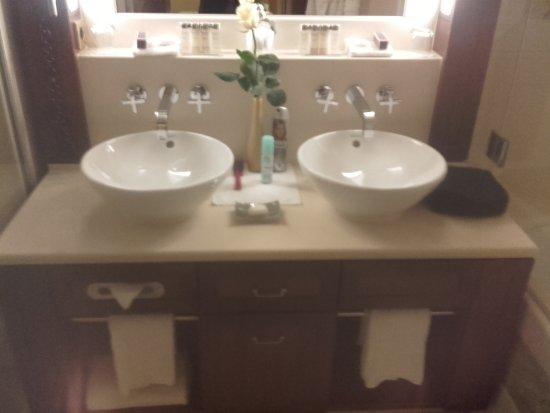 Excelsior Hotel Ernst: Junior Suite