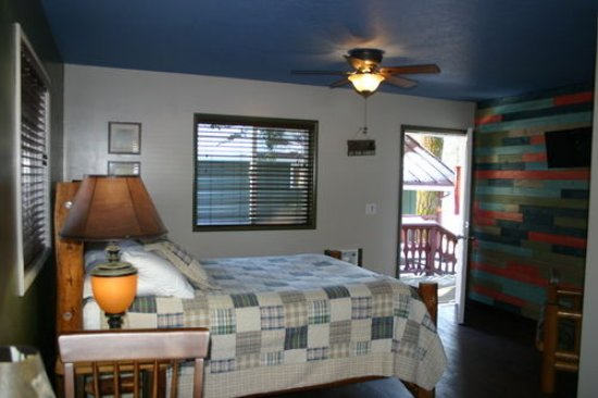 Cougar, WA: Room 5B