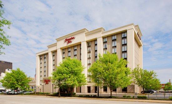 Hampton Inn Louisville Downtown Photo