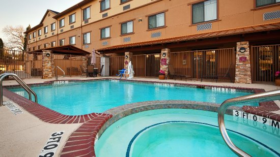 Athens, TX: Hotel Pool & Spa