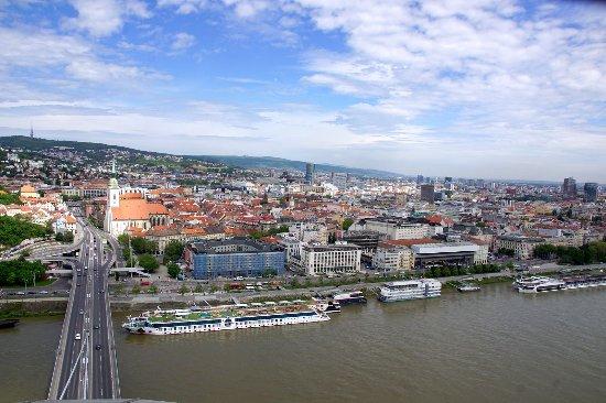 UFO : Bratislava von oben!
