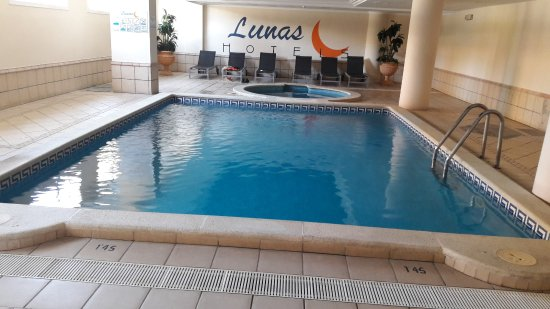 jacuzzi et piscine photo de luna park hotel malgrat de mar tripadvisor. Black Bedroom Furniture Sets. Home Design Ideas