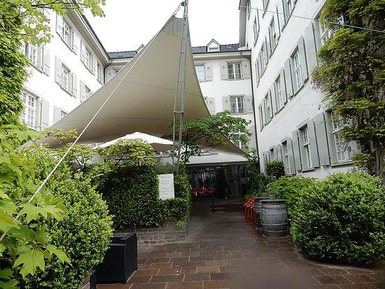 Der Teufelhof Basel: Entrance area