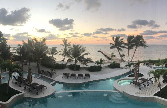 Belizean Cove Estates: photo0.jpg