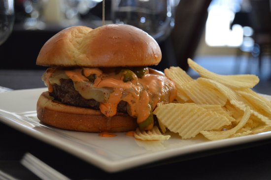 The Peacock Dining Room: Dumb and Dumber Burger served in the Glass Bar inside the Historic Hassayampa Inn